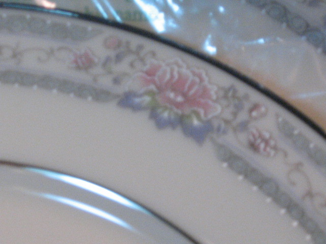 Vintage Lenox China Charleston Dinner Plate Place Setting, New in Box, 1980s