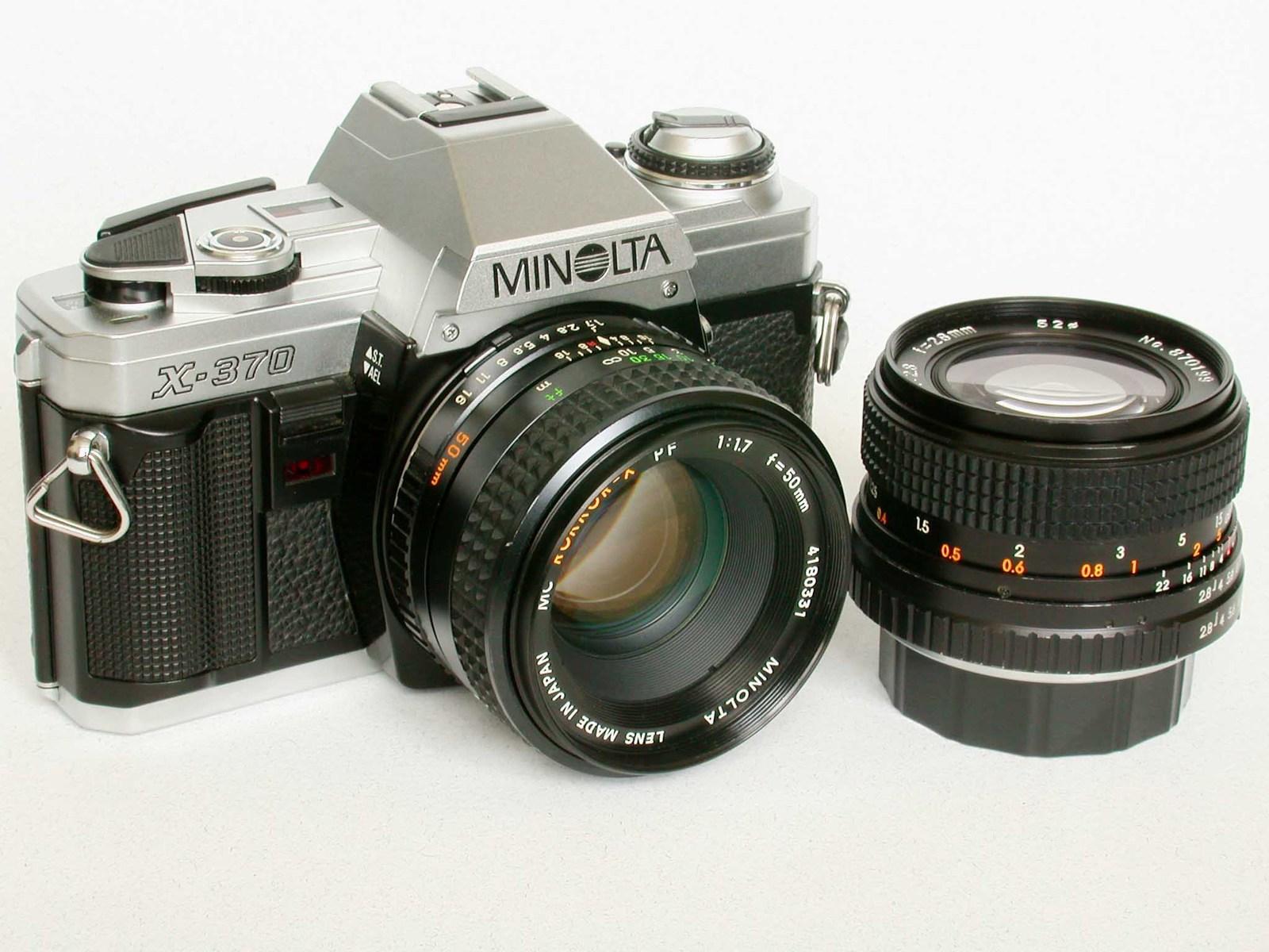 Minolta X-370 35mm SLR Camera & Minolta MD 50mm f/1.7 ...