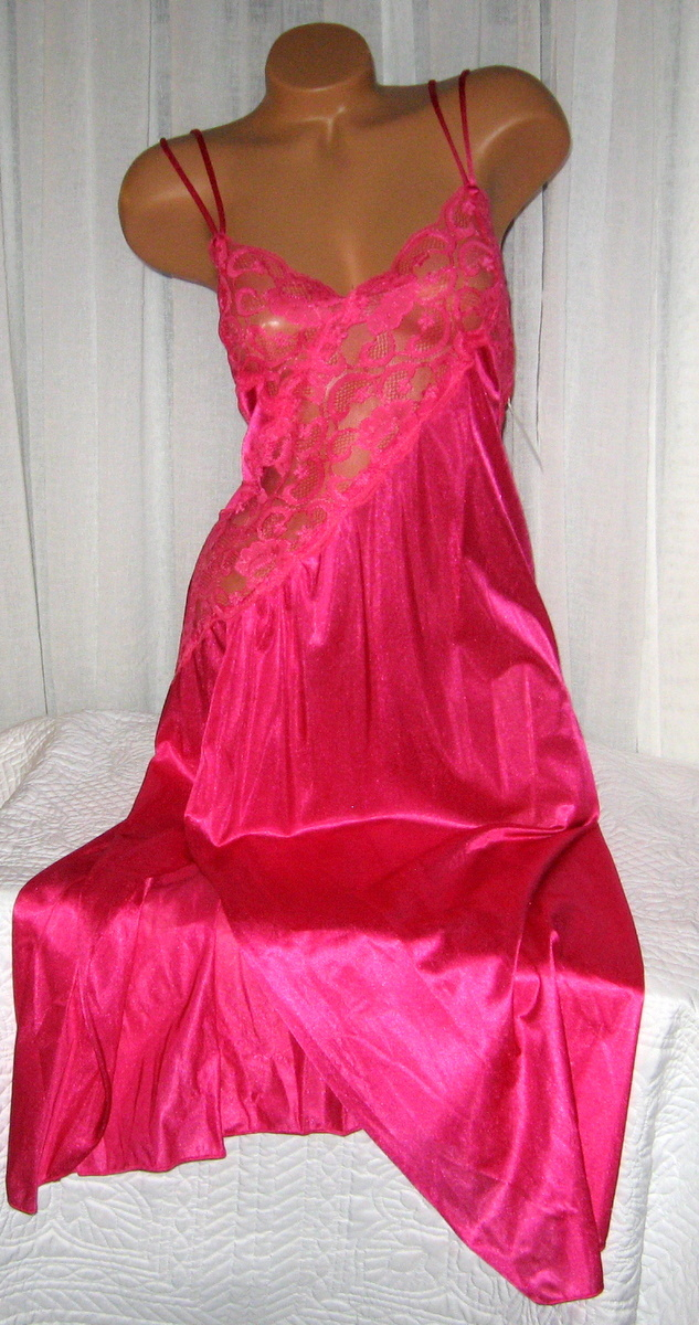 Lace Bodice Long Nightgown 1X 2X 3X Nylon Fuchsia Pink Lingerie Slit