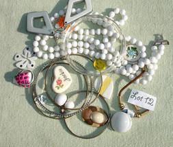 Broken Jewelry Destash - Costume Random Destash - Repurpose Repair - Vin... - $3.99