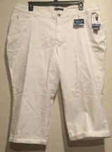 Lee ~ Womens Plus Size 24 W White Curvy Fit Capri Modern Series ~ Super ... - $31.99