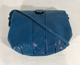 VP VINTAGE 1990's Papagallo Blue Leather Crossbody Hinged Doctor Bag Pur... - $9.49