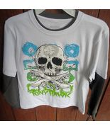 Size 7X Skull pull over shirt with Skull in fro... - $7.99