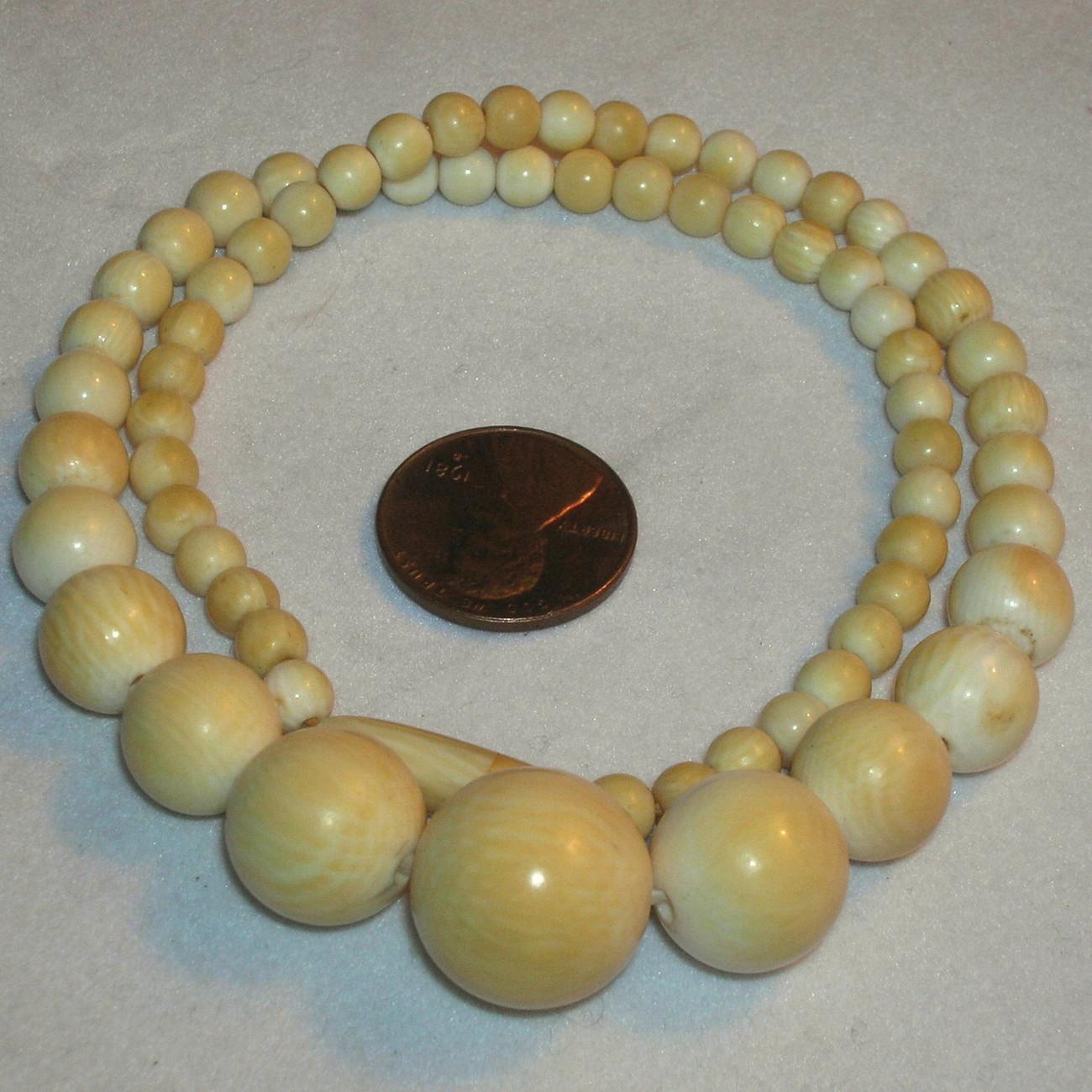 "Antique Vintage Graduated Bone Bead Necklace Carved 16.5"""