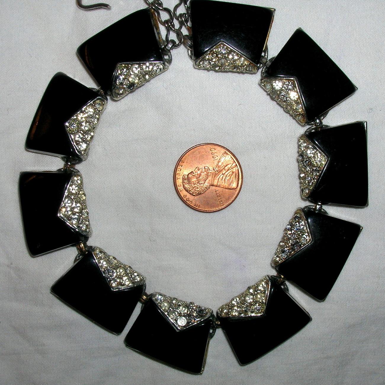 Vintage Charel Art Moderne RhinestoneThermoset Plastic Choker Necklace Black