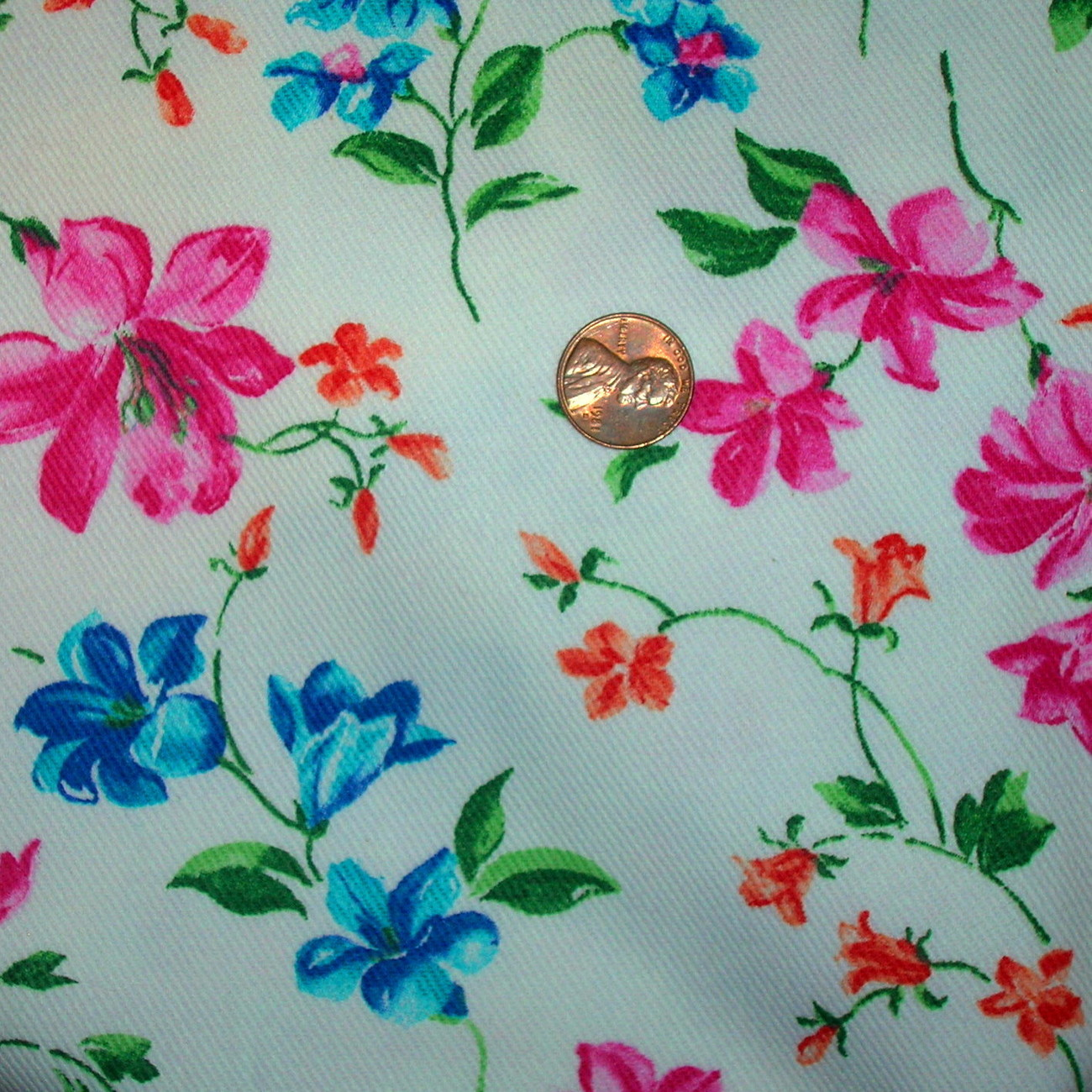 Vintage Peter Pan Floral Print Cotton Twill Decorator Pillow Fabric 4 yd x 45 w