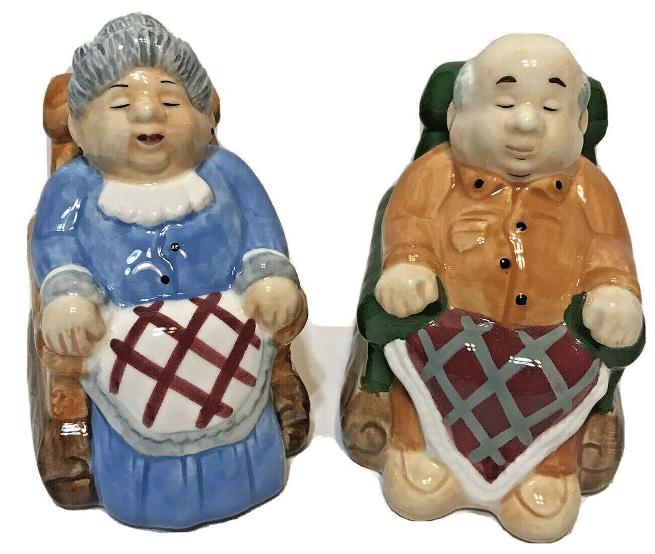 Fitz and Floyd Warm N' Cozy Movers and Shakers Salt and Pepper Shakers Vintage  - $15.57