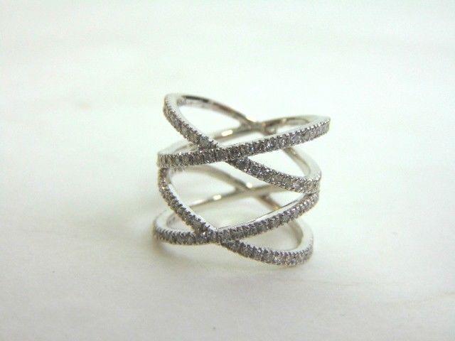 Women's 14K White Gold Diamond Ring 5.6g E3511