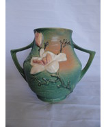 Roseville USA Art Pottery Green Magnolia Vase 91-8 - $125.00