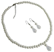 Fabulous Bridesmaid Flower Girls Jewelry Set In Ivory Pearls - $12.73
