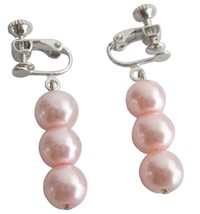 Pair Clip On Pearls Dangle Earrings Pink Pearls Earrings - $5.58