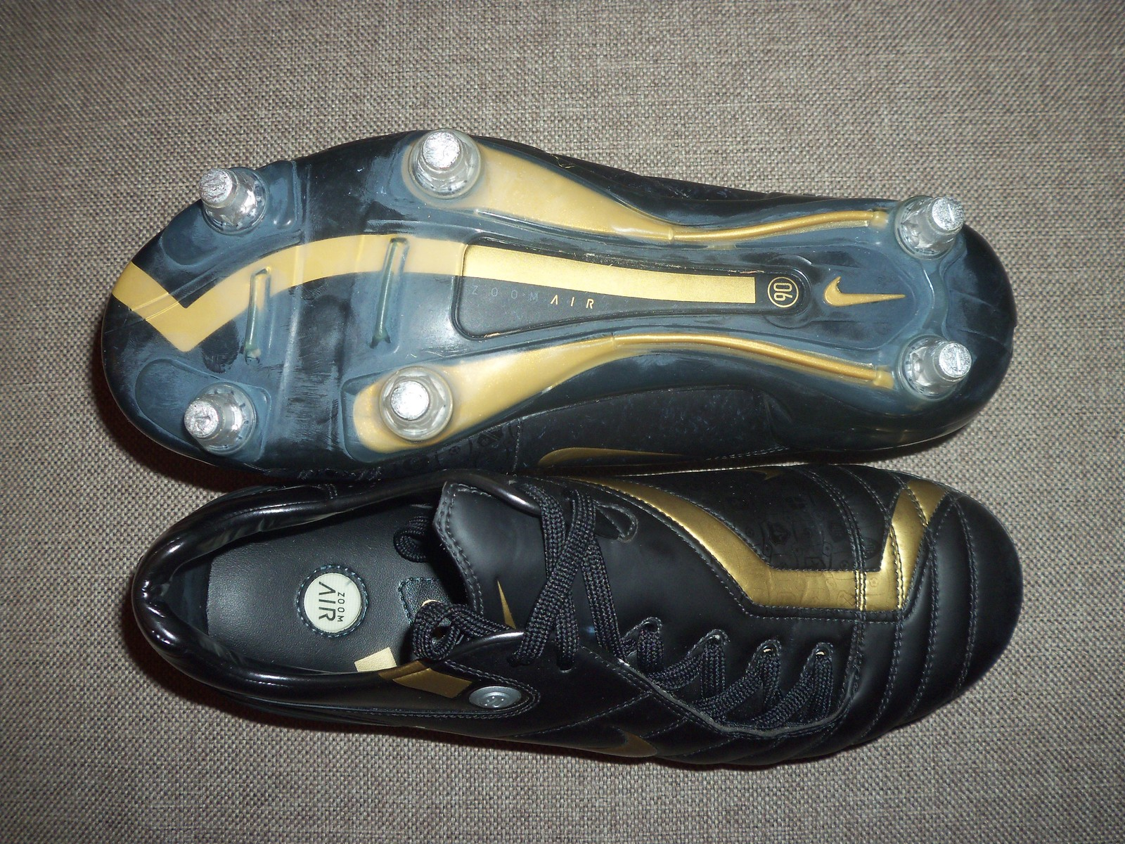 22dc538aceab NIKE AIR ZOOM TOTAL 90 SUPREMACY SG UK 7.5 US 8.5 FOOTBALL BOOTS SOCCER  CLEATS