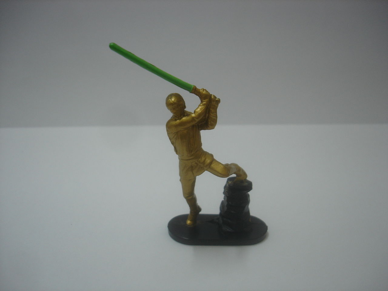 "Primary image for Used Hasbro Star wars command Luke Skywalker 2.5"" action figure"