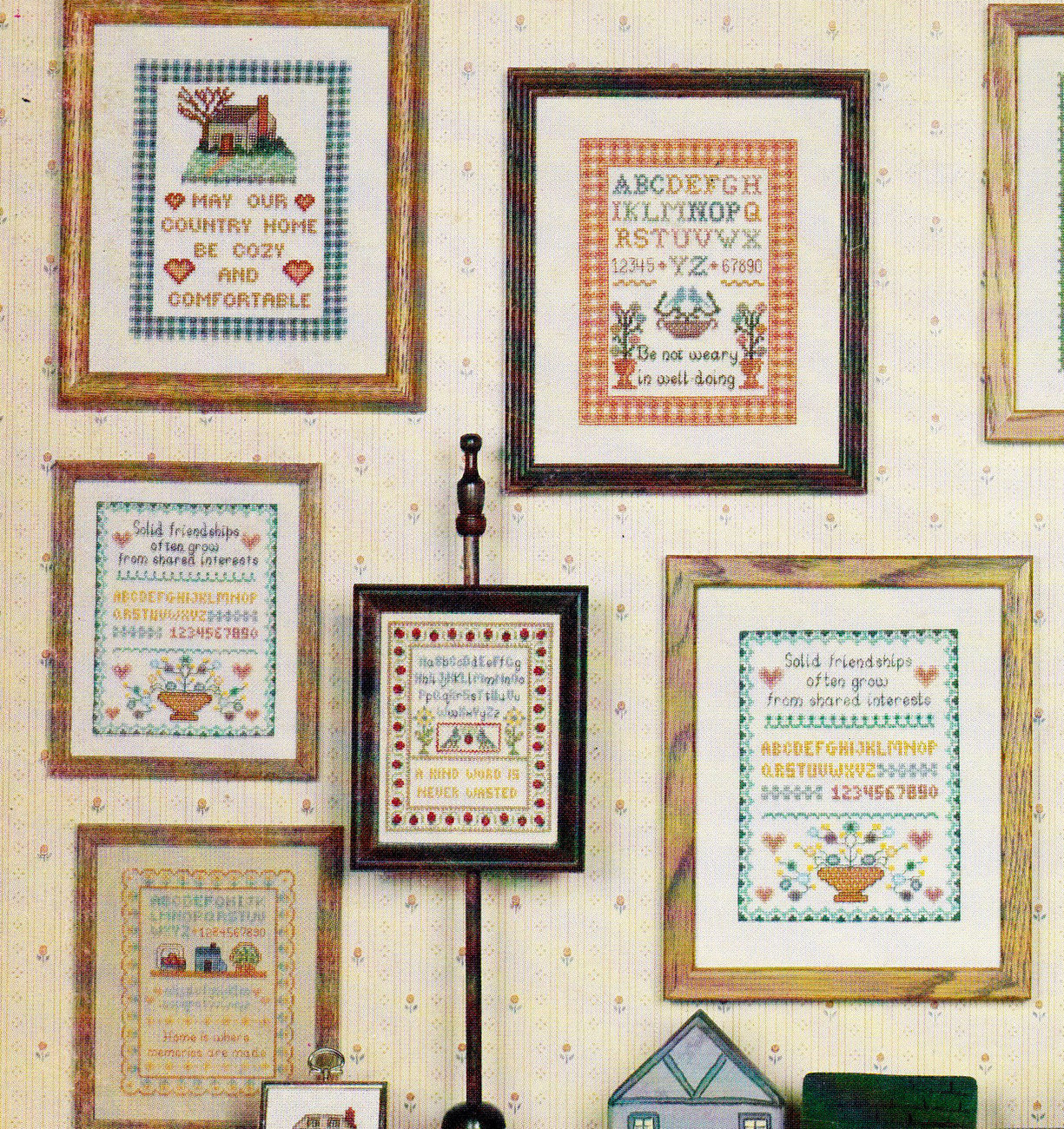 CROSS STITCH MINI COUNTRY SAMPLERS #3 CANTERBURY