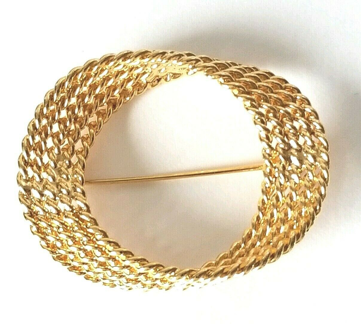 VTG Signed Monet Gold Tone Twisted Rope Mobius Loop Brooch Pin Möbius Band/Strip