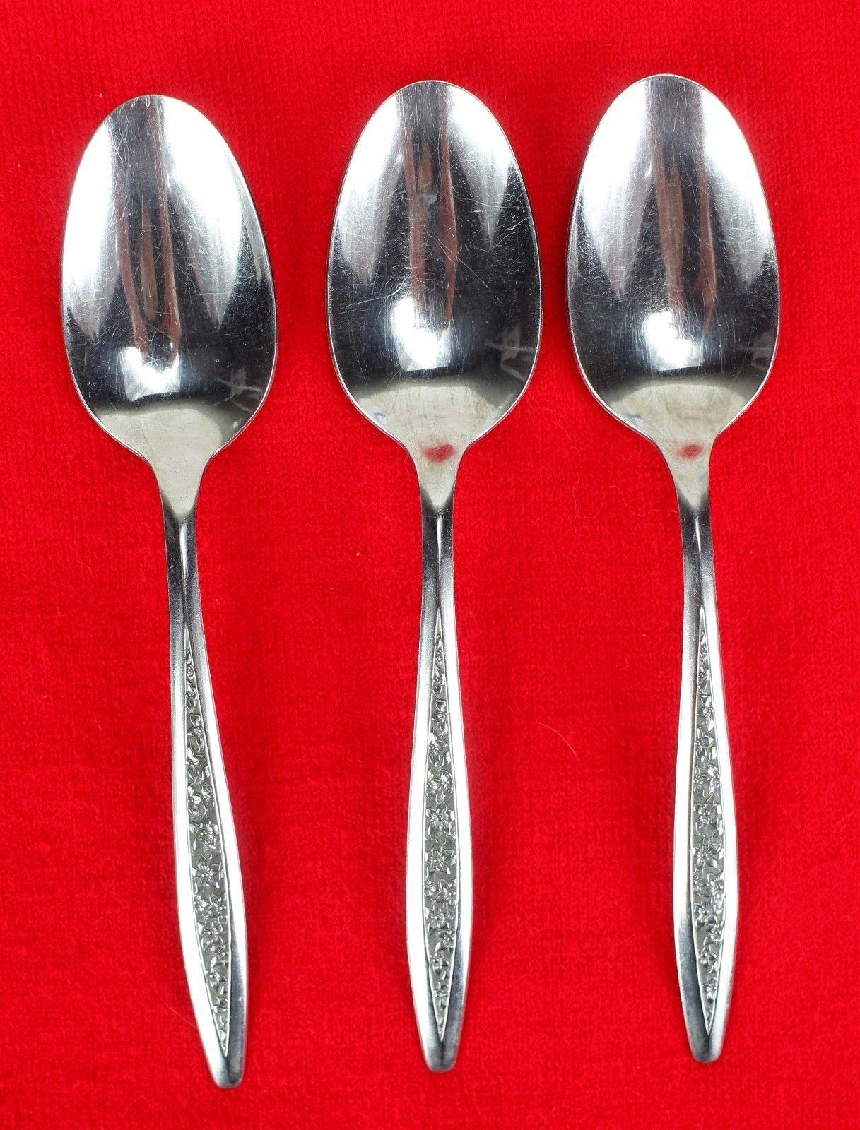 "3X Dinner Spoons Superior International Silver Petal Lane Stainless Flatware 7"""
