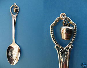 Primary image for WASHINGTON STATE Souvenir Collector Spoon Collectible SILVER APPLE Charm