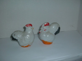 Vintage  Chicken Rooster Hen Salt Pepper Shakers 3 1/2 inches   331 - $4.70