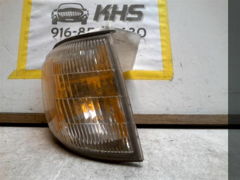 Primary image for Passenger Corner/Park Light Fog-driving Fits 01-02 FORESTER 68385