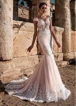 Sexy Lace Scoop Neckline 3D Lace Applique See-through Bodice Mermaid Bridal Dres image 3