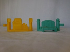 Fisher Price Little People Construction Gas Pump Yellow Fence + Garden F... - $5.95
