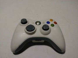 used AUTHENTIC MICROSOFT XBOX 360 WIRELESS CONTROLLER-WHITE missing rubber  - $19.99