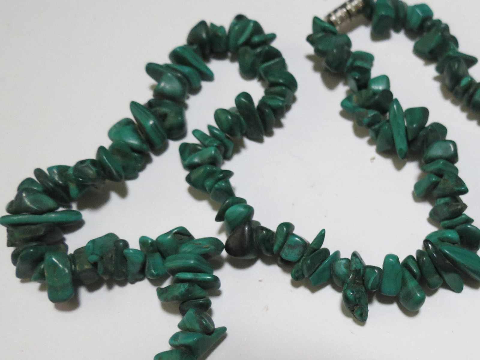 Malakite necklace necklace 20 inches very pretty image 3