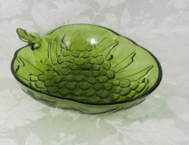 """Vintage Indiana Glass Serving Bowl 13"""" Green Grape Clusters Strawberry S... - $18.80"""