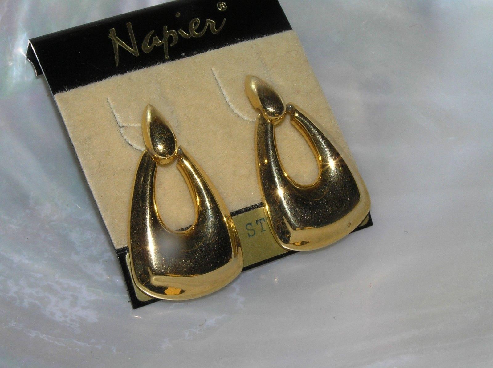 Estate Napier Goldtone Teardrop Door Knocker Post Earrings for Pierced Ears –  image 2