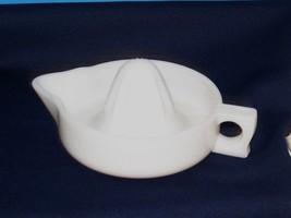 Large White Milk Glass Fruit Juicer Reamer Sunkist Embossed On Sides - $12.38