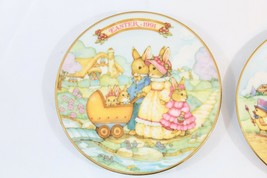 1991 & 1993 Avon Collectible Easter Plates With 22 Karat Gold Trim - $13.83