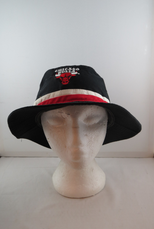 Vintage Chicago Bulls Hat - Starter Bucket Hat - Adult One Size Fits All