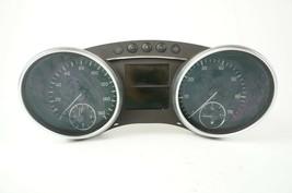 06-2011 mercedes ml350 gl450 speedometer instrument cluster dash odo aut... - $88.45