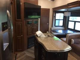 2017 JAYCO NORTH POINT 375BHFS FOR SALE IN ADA, OK 74820 image 9