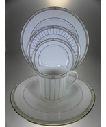 Royal Worcester Mondrian 4 Place Settings (20 PC Set) - $131.62