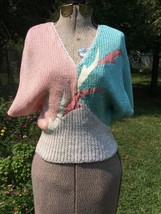 Vintage 1970s Cropped Sweater GEOMETRIC V Neck Bat Wing T Pink Cream Gre... - $44.55