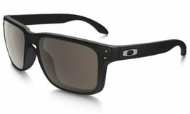 New Oakley Holbrook Sunglasses OO9102-01 Matte Black Frame Warm Grey Lens F/ship - $84.14