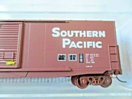 Micro-Trains # 18000172 Southern Pacific 50' Standard Boxcar N-Scale image 3