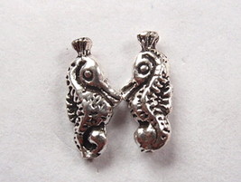 Seahorse Stud Earrings 925 Sterling Silver Corona Sun Jewelry ocean beac... - $3.47