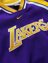 Large Nike Los Angeles Lakers Warm-up Jersey - $49.49