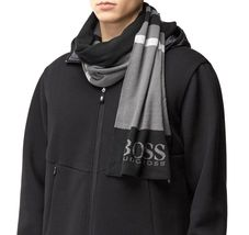 Hugo Boss Premium Scarf and Beanie Knitted Fabric Gift Box Set 50376789 image 3