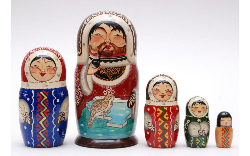 Matryoshka nesting doll babushka doll Nothern people Eskimos 5 pc 6.8 inches