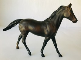 Breyer Ruffian 606 Classic Model Horse Bay with Star no Stockings 1979-1983 - $33.85