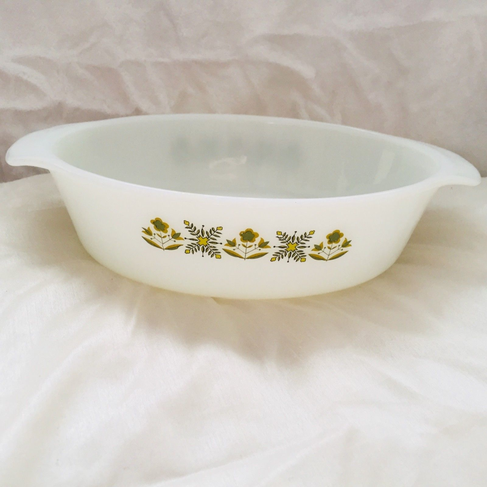 Primary image for Hocking Fire King Milk Glass Casserole Meadow Green 1 Quart Oval Dish Vintage