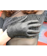 1950's Vintage Black Leather Scalloped Gloves sz Small - $19.99