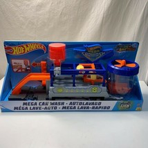 Mattel Hot Wheels Mega Car Wash Color Shifters 2018 NEW - $73.00