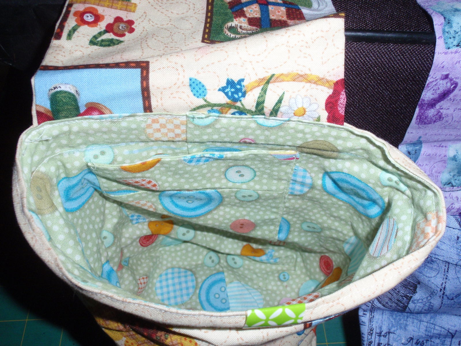 Handmade Pin Cushion,Thread Catcher, Remote Holder Bag Novelty Sewing Fabric   image 6