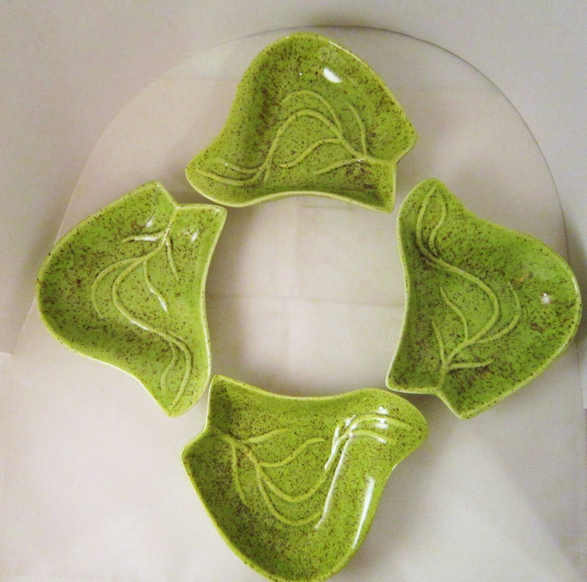 California Pottery Green Leaf Shape Lazy Susan Dishes