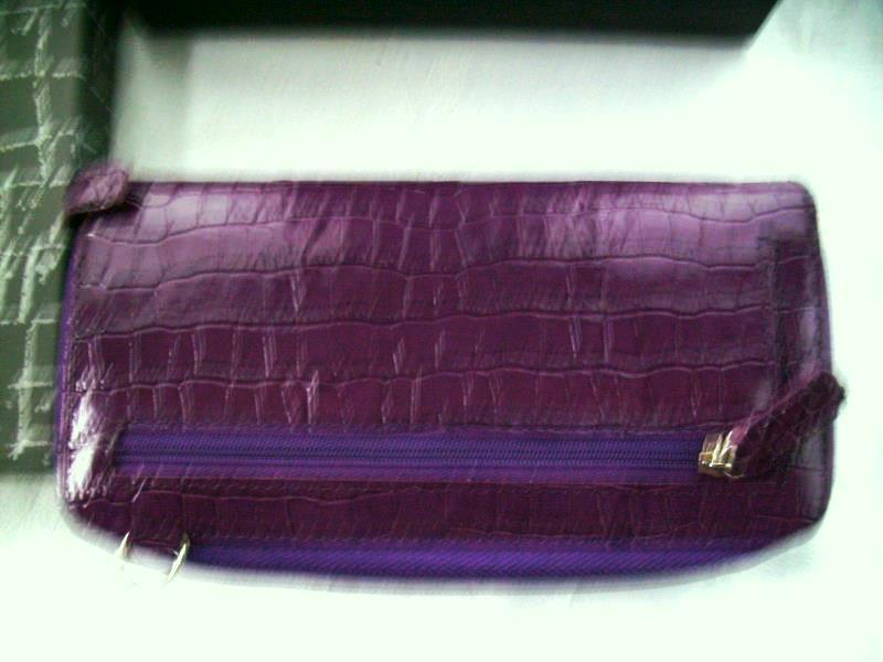 Samantha Brown Luggage Qvc: SAMANTHA BROWN DOUBLE WIDE LEATHER WALLET PURPLE