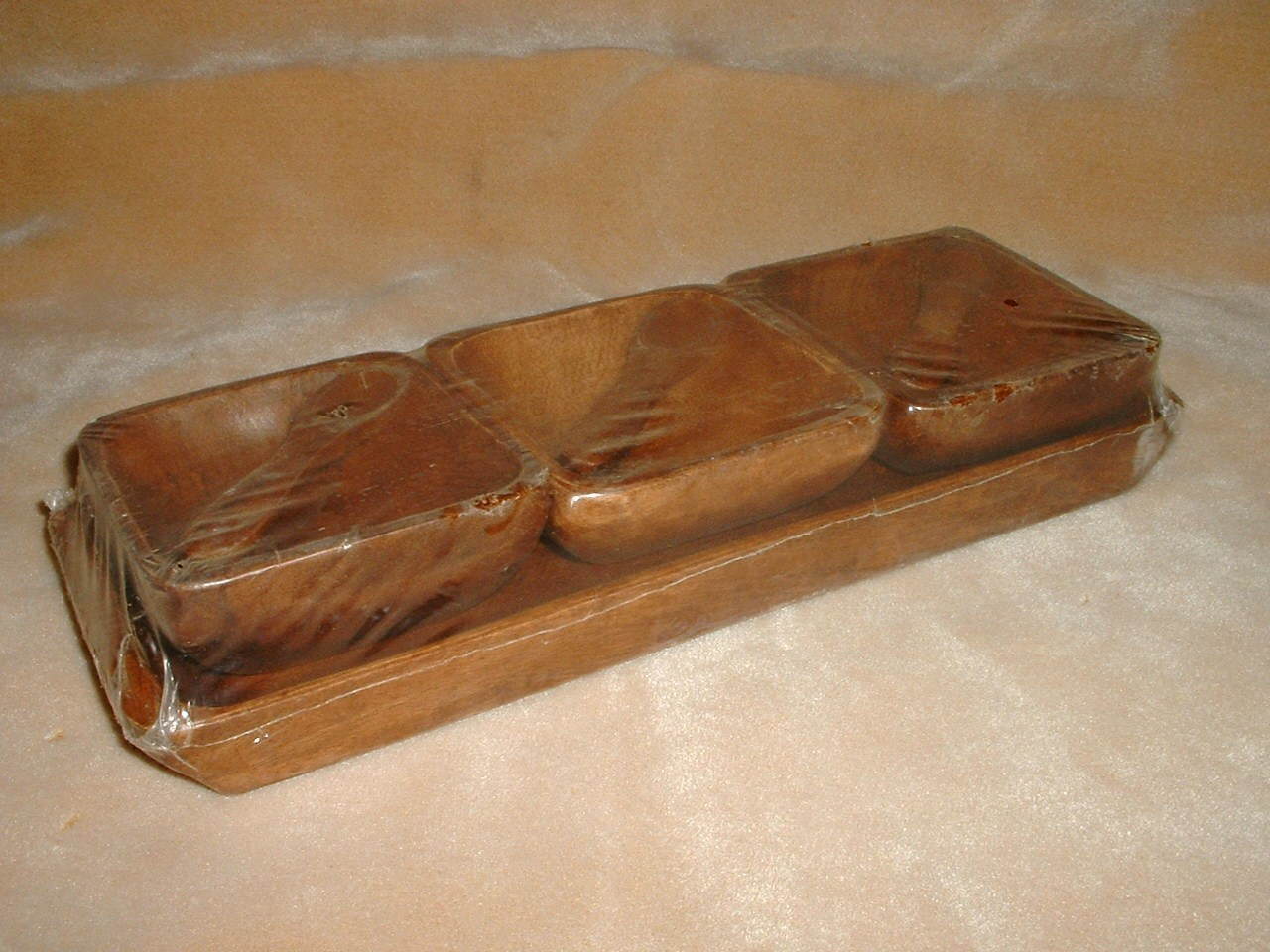 Wooden tray  bowls  and spoons   silouette